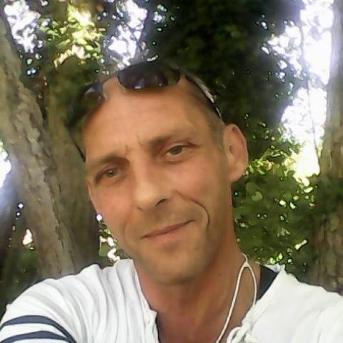 Homme du 75 cherche coquine ou sexfriend